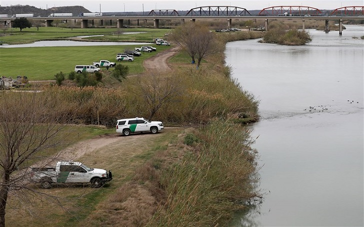 10-Month-Old Died and 3 Went Missing After Raft Overturned in Rio Grande River
