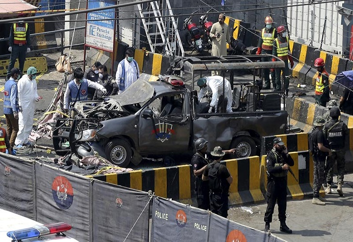 10 killed and 23 Wounded in a Suicide Bombing Outside Pakistan Sufi Shrine; Taliban Claim Responsibility