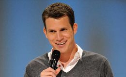 Who is girlfriend of Daniel Tosh? His latest net worth and dating stores. Did he broke-up?