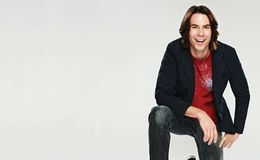 Jerry Trainor and 'Icarly' cast reunited as they pose for an amazing photo