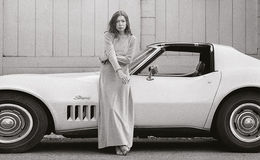 Joan Didion Married Life Meets A Tragic End, Who Is She Dating Currently? Her Love Story!!