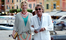 Rod Stewart and Penny Lancaster renews their wedding vows in a romantic ceremony
