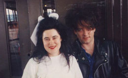 Robert Smith Married Mary Poole and are together since 1988; No Divorce rumors