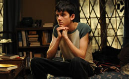 Asa Butterfield in a New Relationship after Breakup? Has He Found a Girlfriend, His Affairs