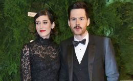 Lizzy Caplan Marries Fiance Tom Riley after two Years in Relationship, Know their Dating History